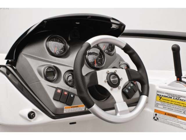 Speedster200-2.jpg