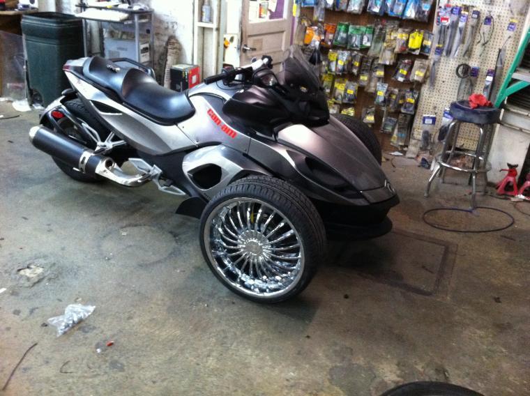 canam-20-inch-wheels.jpg