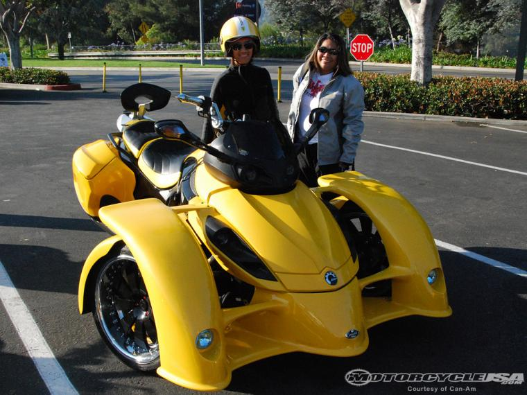 can-am spyder.jpg