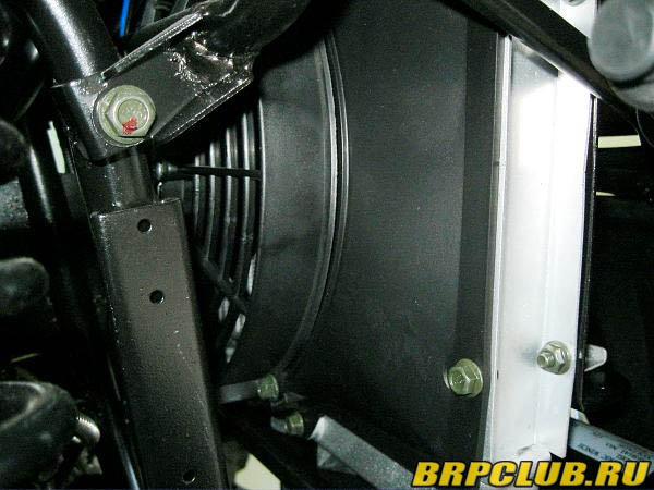 01-1 Дефлектор радиатора.JPG