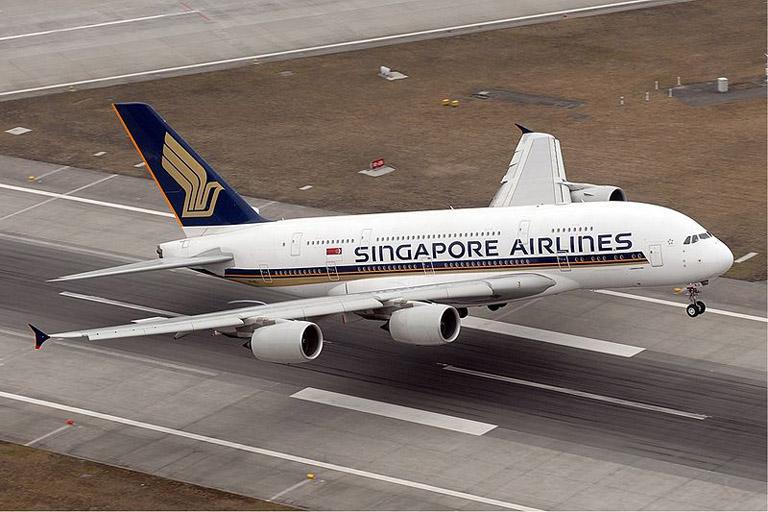 Airbus_A380.jpg