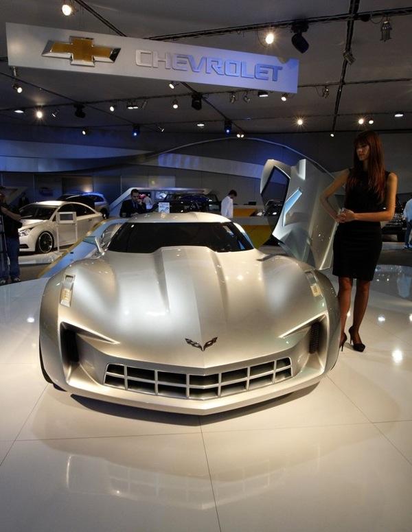 dubai_motor_show_corvette_concept.jpg