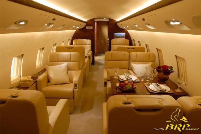 салон Bombardier Challenger.jpg