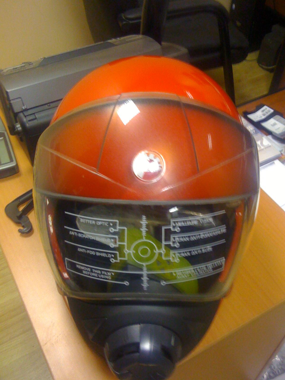 Снегоходный шлем BRP.JPG